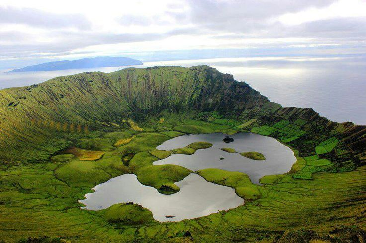 corvo-island.jpg